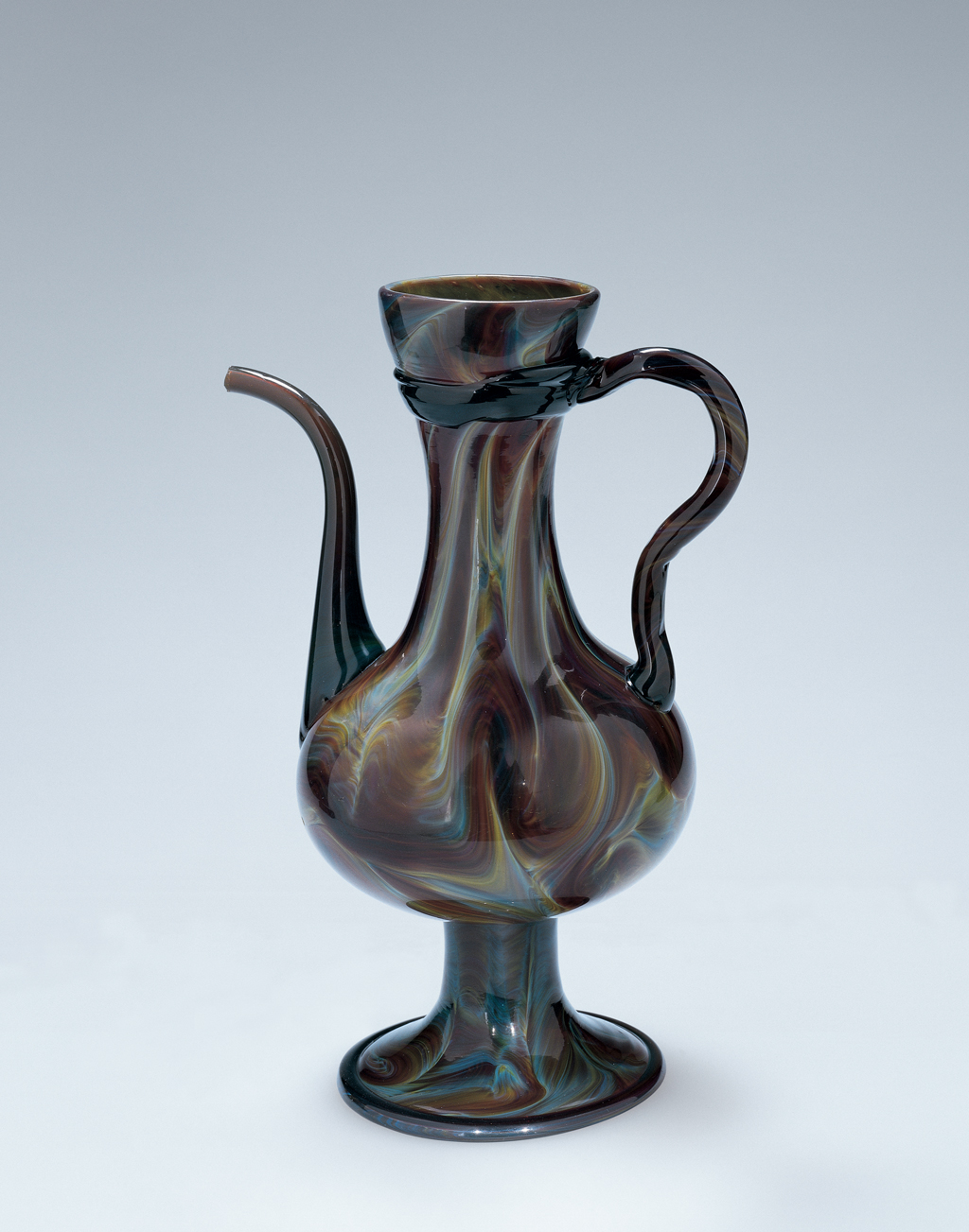 FIG. 48. Ewer, calcedonio glass. Venice, about 1500–1525. H. 30 cm, D. (rim) 8 cm. The Corning Museum of Glass (2001.3.56, gift of Robert and Deborah Truitt).