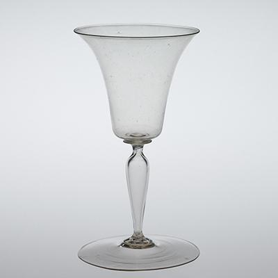 Simple Flared Wineglass