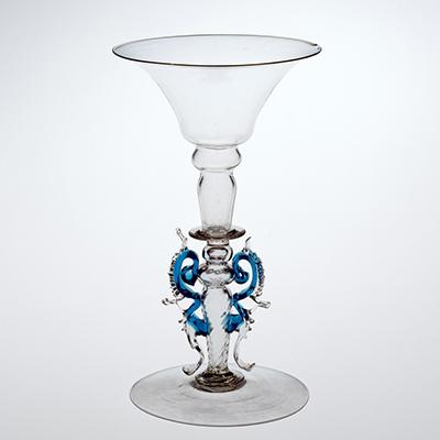 Flared Wineglass with Wings
